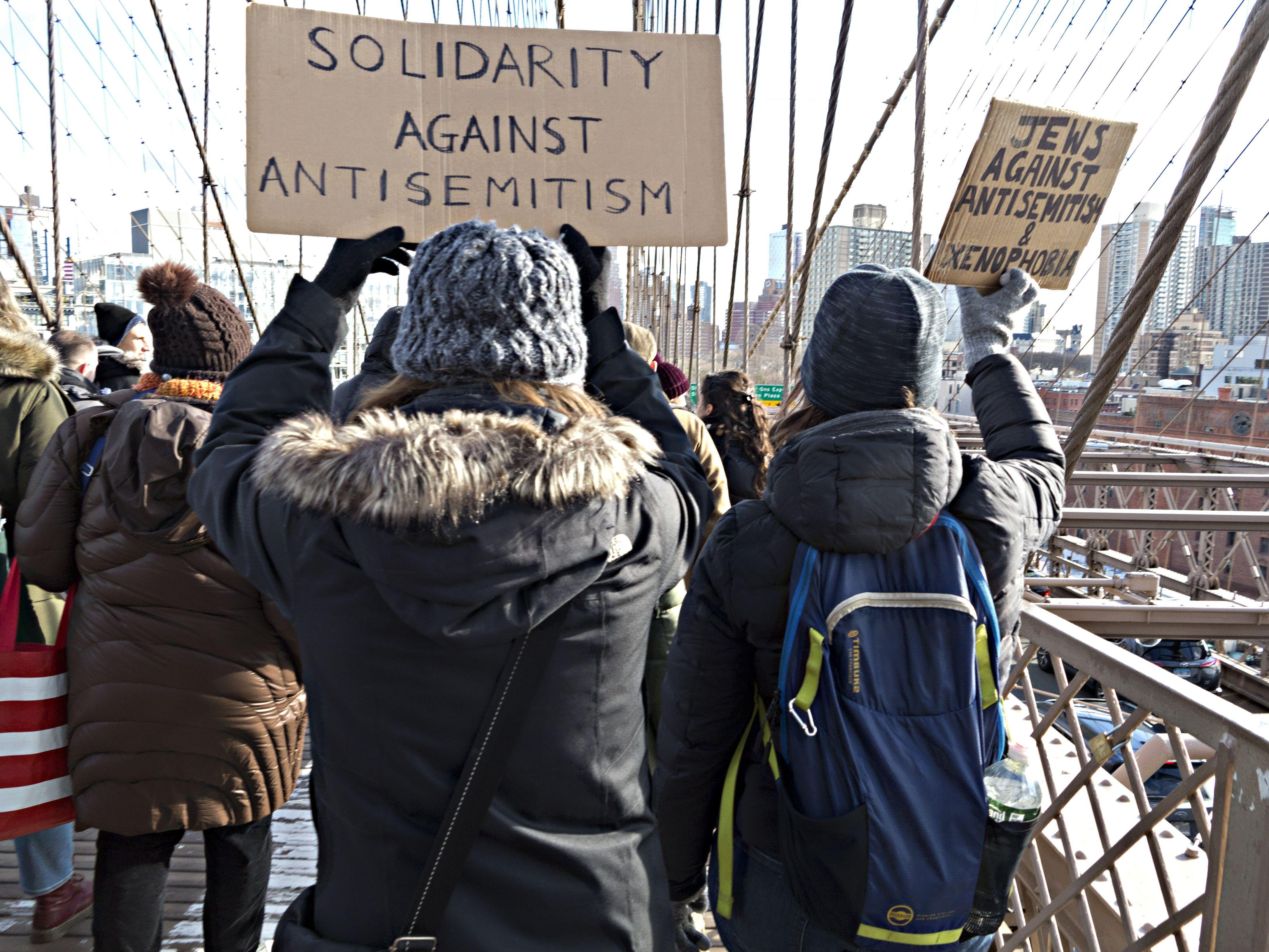 New York, USA. 5th January, 2020. About 15,000 protesters took to the streets in the No Hate No Fear March in response to increased antisemitic attacks